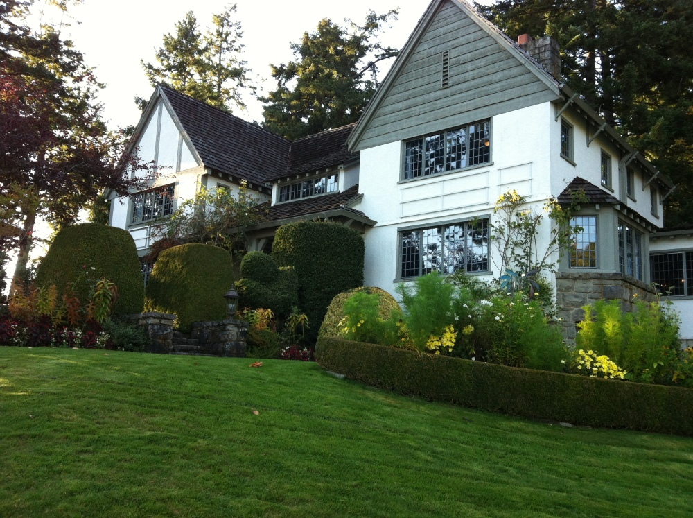 A Favourite Spot-Hastings House, Saltspring Island (4/6)